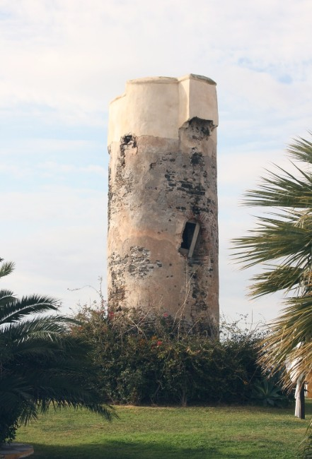torre del cambron salobreña costa tropical de granada